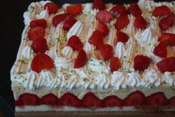 Fraisier-strawberry-cake-1-3