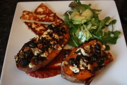 Jacket-sweet-potato-with-halloumi-and-a-fennel-avocado-salad-1